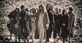 gesu-con-gli-apostoli